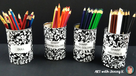 Classroom organization tip for teachers: Dull and sharp pencils and colored pencils system- how to.